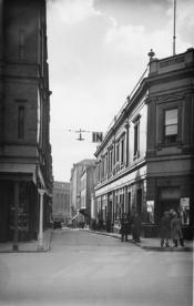 Bank Street 14